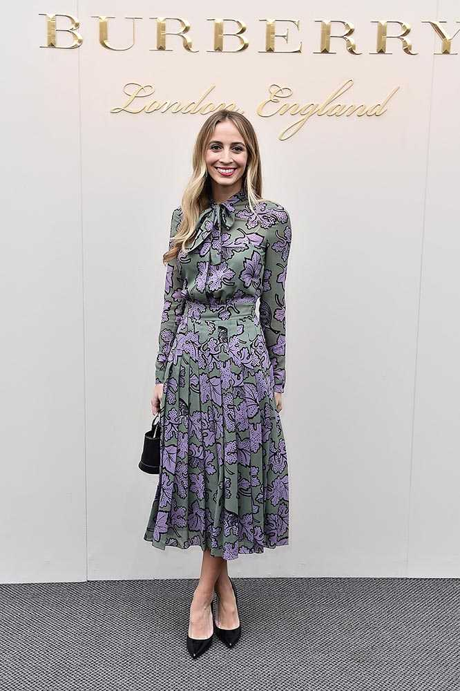 harley_viera_newton_burberry_aw16_font_row_celebrity_style_guests_february_2016_getty_24__large