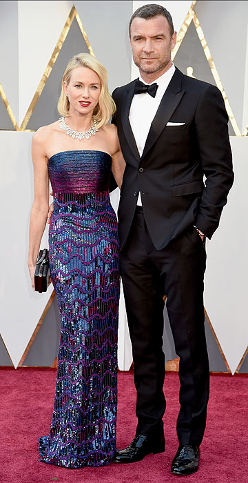 HOLLYWOOD, CA - FEBRUARY 28: Actors Naomi Watts (L) and Liev Schreiber attend the 88th Annual Academy Awards at Hollywood & Highland Center on February 28, 2016 in Hollywood, California. (Photo by Jeff Kravitz/FilmMagic)