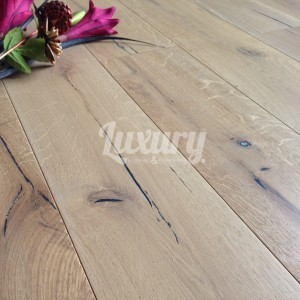 190mm_distressed_smoked_engineered_oak_wood_flooring_15_4mm_thick_1_1