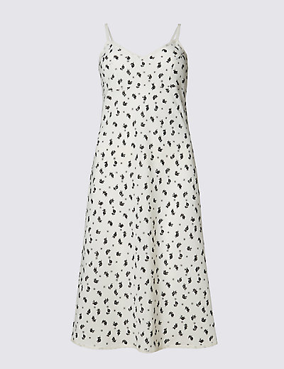 ARCHIVE BY ALEXA New The Olive Slip £39.50 Click to visit M&S