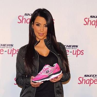 kim-kardashian-skechers
