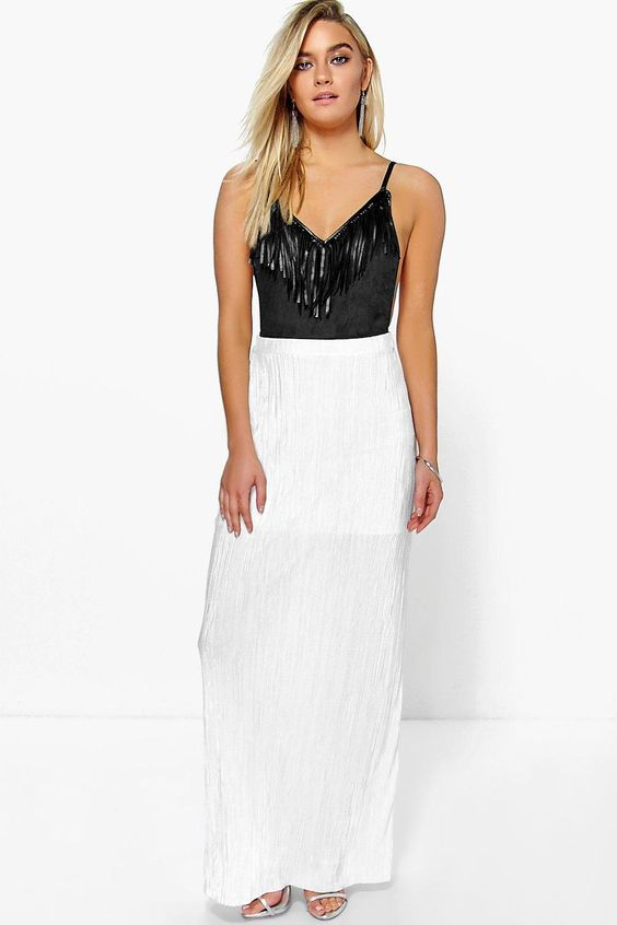 Boohoo Charli Pleated Slinky Maxi Skirt Product code: dzz79909 £18.00 Click to visit Boohoo