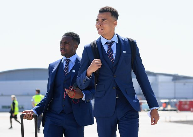 England-squad-at-Luton-Airport
