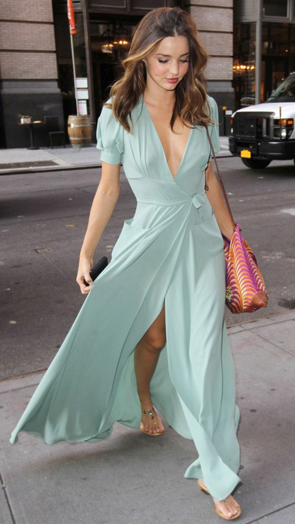 miranda-kerr-turquoise-maxi-dress-streetstyle