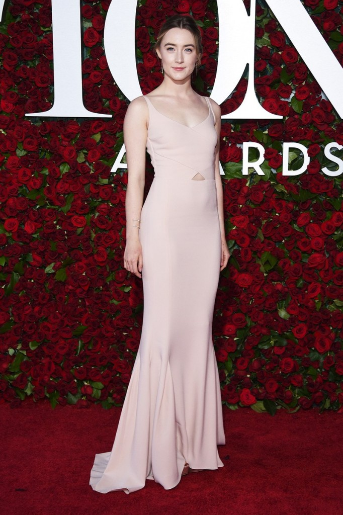 tony-awards-2016-best-dressed-ss12.png