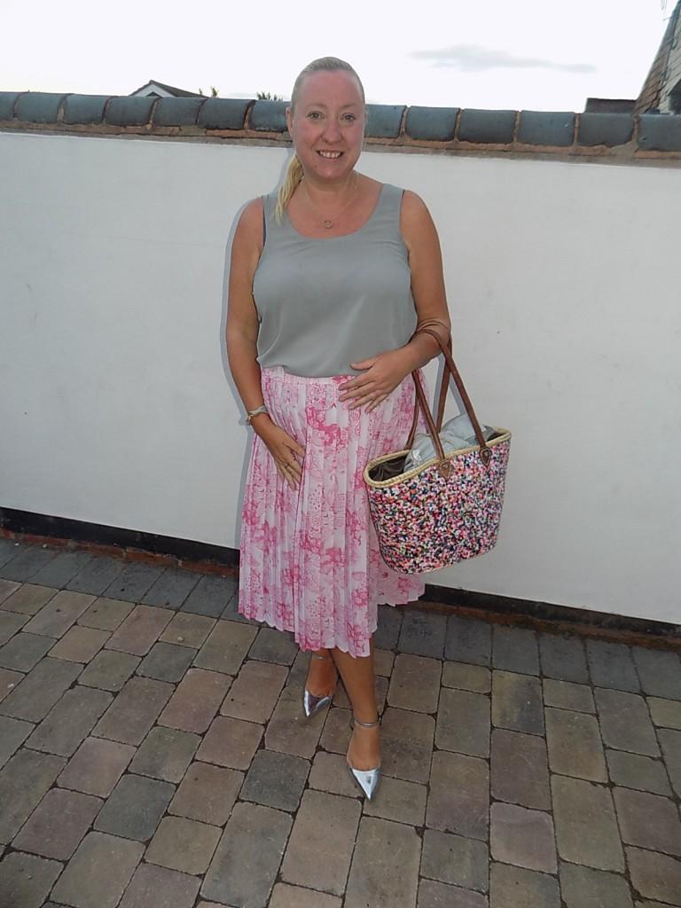 Vintage skirt £2 from Age Concern shop