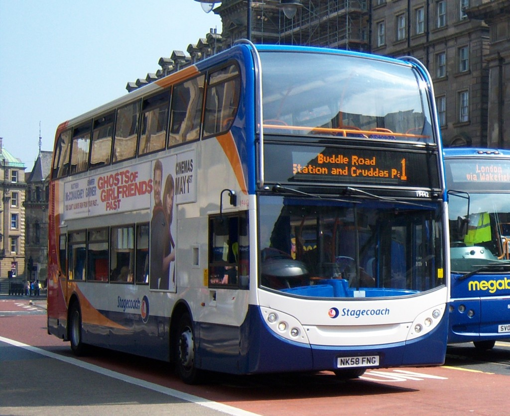 Stagecoach_in_Newcastle_bus_19442_Alexander_Dennis_Trident_2_Enviro_400_NK58_FNG_in_Newcastle_25_April_2009
