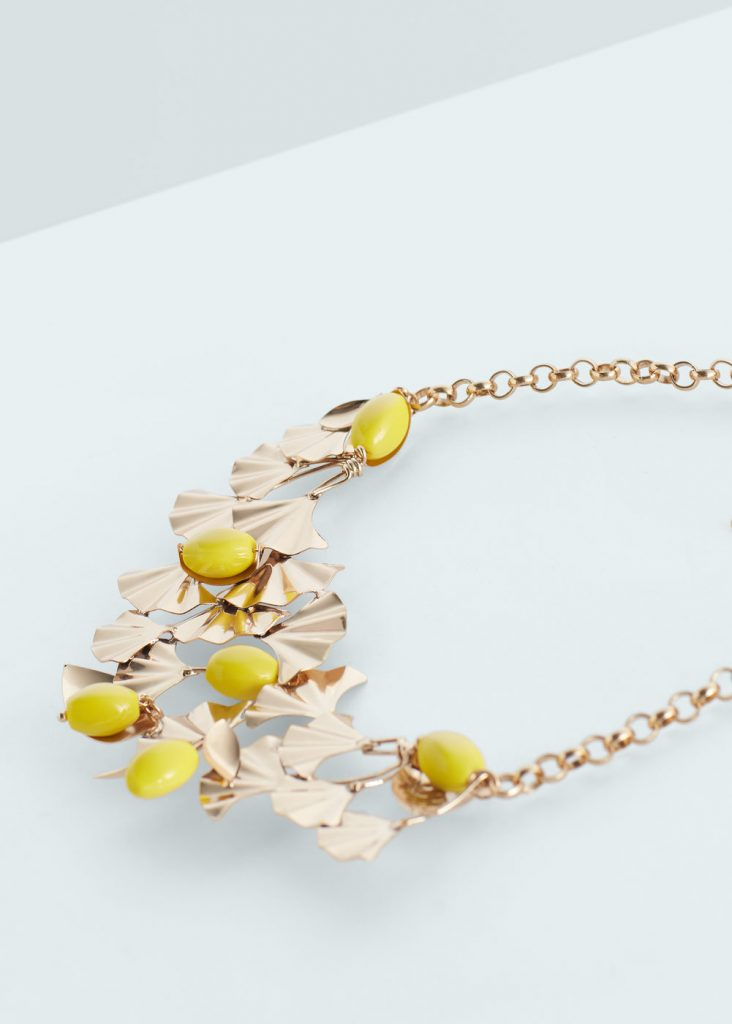 Metal piece necklace REF. 63077574 - Fiorela c £5.99 (-70%) Click to visit Mango