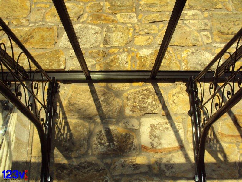 veranda-bracket-detail