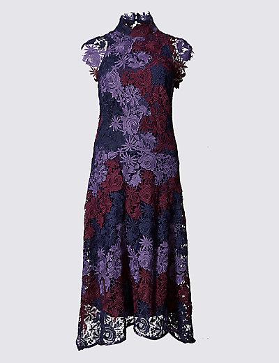 Prev ZOOM Next Fit & Flare Guipure Lace Dress PER UNA New Fit & Flare Guipure Lace Dress £120 Click to visit M&S