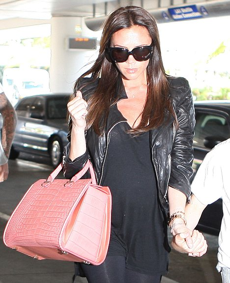 10 JULY 2011 - LONDON - UK¿¿VICTORIA BECKHAM WLCOMED THE BABY WEIGHED 7LB 10OZ at 7:55am YESTERDAY MORNING. THE FOOTBALLER WROTE' I AM SO PROUD AND EXCITED TO ANNOUNCE THE BIRTH OF OUR HARPER SEVEN BECKHAM. 27 APRIL 2011 - LOS ANGELES - USA PREGNANT VICTORIA BECKHAM AND HUBBY DAVID BECKHAM DEPART LOS ANGELES WITH THEIR THREE BOYS BROOKLYN, ROMEO AND CRUZ TO HEAD BACK TO ENGLAND WHERE THEY WILL BE ATTENDING THE ROYAL WEDDING! BYLINE MUST READ: XPOSUREPHOTOS.COM *GERMAN CLIENTS, PLEASE CALL TO AGREE FEE PRIOR TO PUBLICATION* *UK CLIENTS MUST CALL PRIOR TO TV OR ONLINE USAGE PLEASE TELEPHONE 020 7377 2770 & +1 310 600 4723*