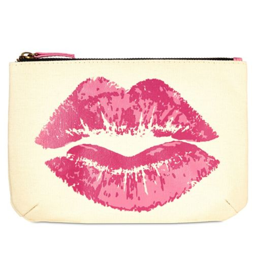 Boots Dat Pout Cosmetic Bag £6 Click to visit Boots