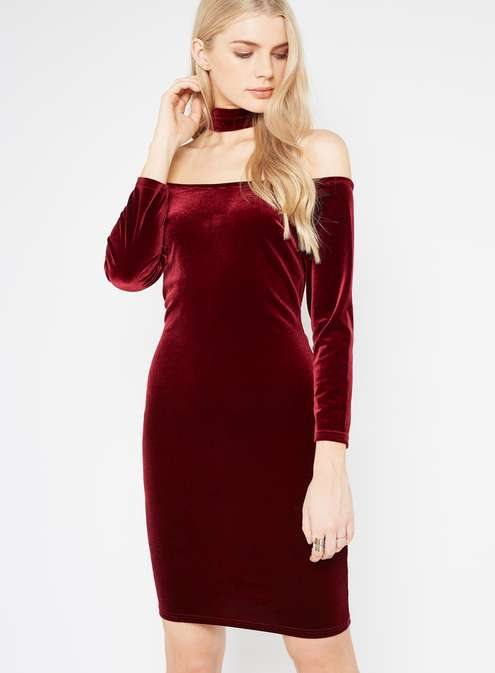Velvet Choker Dress £30.00 Click to visit Miss Selfridge