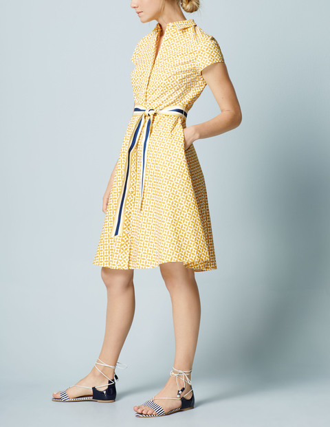 Sophia Shirt Dress Now £31.80 To £47.70 Click to visit Boden