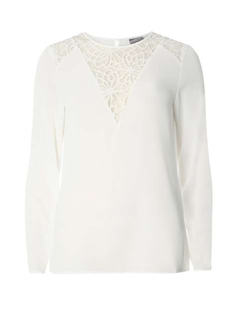 **Vero Moda White Lace Blouse Price: £22.00 Click to visit Dorothy Perkins