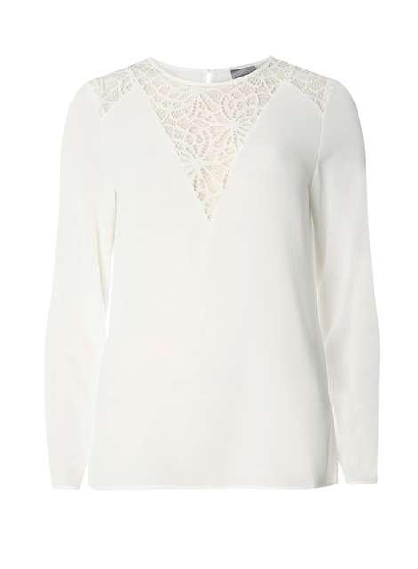 **Vero Moda White Lace Blouse Price: £22.00 Click to visit Dorothy Perkins